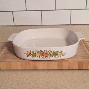 Vintage Corningware, excellent condition